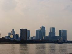 Rompiballe On The Road: TGIF – London Weekend - Canary Wharf #london #travel #londra #londontour #visitlondon #viaggi