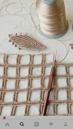 Delight Yourself: The Beautiful Crochet Crochet - Diy Crafts - Marecipe Crochet Leaves, Crochet Motifs, Crochet Diagram, Crochet Stitches Patterns, Thread Crochet, Filet Crochet, Irish Crochet, Diy Crochet, Crochet Doilies