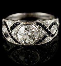 Diamond and black onyx ring. Art Deco or Art Deco style