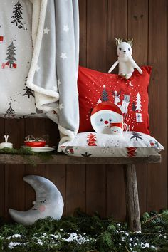 Make this the favourite time of year with brilliant children's room decor and cute stocking stuffers! | H&M Home