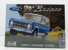 Revell Ford Bronco 1/25 85-4320 New Truck Model Kit