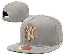 purchase cheap 26603 0671b Men s New York Yankees New Era 9Fifty Gold Metal NY Logo A-Frame Baseball  Snapback