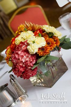 Fall wedding table decor  #orange wedding reception ... Wedding ideas for brides, grooms, parents & planners ... https://itunes.apple.com/us/app/the-gold-wedding-planner/id498112599?ls=1=8 … plus how to organise an entire wedding ♥ The Gold Wedding Planner iPhone App ♥