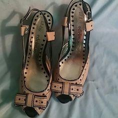 Libby edelman shoes Like new libby edelman peep toe shoes. Cute design. Tan with black trim. libby edelman Shoes Heels