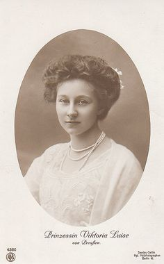 """""""I was called 'Sissy' by my family. My brother Oskar called me 'Mouse', and my eldest brother, Wilhelm, called me Little Sister'."""" ~Princess Viktoria Luise of Prussia German Royal Family, Queen Sophia, Ernst August, Germany And Prussia, German Women, Women In History, History Pics, British History, Victorian Women"""