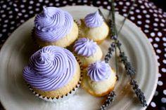 Royal Wedding Countdown Part 3!! Lemon Lavender Cupcakes! - Country Cleaver