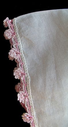 Beautiful crochet edging pattern: I can use  this edging to dress up a slip for Her Abbiness