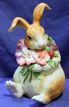 Bunny cookie jar by Fitz & Floyd