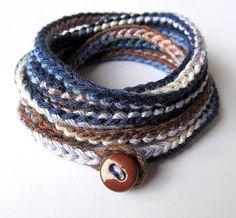 Crochet wrap bracelet or necklace in navy and por CoffyCrochet