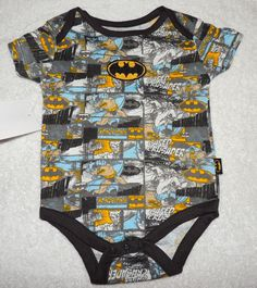 NEW Baby Batman, Joker, Comic One Piece, Size 3-6M, Baby Shower Gift Batman Baby Clothes, Comic Clothes, Baby Batman, Joker Comic, Baby Outfits, Cool Baby Stuff, Event Ideas, Baby Fever, Baby Things