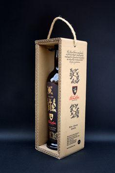 olive oils Tendre Premium Olive Oil by Josh Mahaby, via Behance Packaging Carton, Cool Packaging, Food Packaging Design, Beverage Packaging, Coffee Packaging, Bottle Packaging, Packaging Design Inspiration, Branding Design, Chocolate Packaging