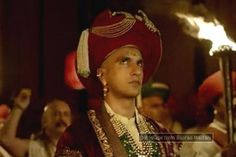 The Bajirao Mastani teaser is out and seems to be impressive. The magnum opus is in the news ever since its lead actor, Ranveer Singh, went bald for his character and Priyanka Chopra talked about her emotionally exhausting role. With only 'Ji re ji re Baji' echoing in the background, the splendor of Bajirao Mastani plays out in what was termed to be the teaser of the film. Capturing the essence of the film, the teaser encapsulates the tension of war, the passion of love and the confusion of…