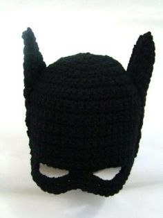 Crochet a Batman hat for your little superhero fans with our free pattern from Craftown! by Santa van Tonder