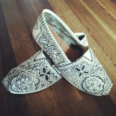 Toms toms toms - Click image to find more Women's Fashion Pinterest pins