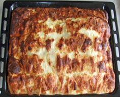 Placinta dobrogeana Croissant, Lasagna, Recipies, Cooking Recipes, Ethnic Recipes, Food, Derby, Tips, Crafts