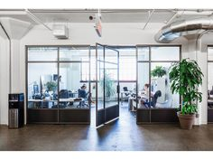 MU Architecture has transposed the spirit of a major multimedia studio into an architectural project. #MomentFactory has moved to new premises in an old industrial factory in Montreal. Room for 250 people who narrate the company's core business: #creativity.