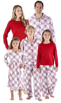 ba28534e45e1 85 Best Family Christmas Pajamas images in 2019
