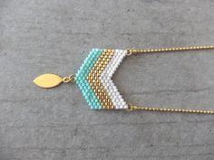 bijoux                                                                                                                                                      Plus
