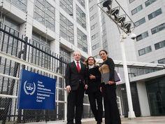 A.Oliva (Bolivia) y C.Schmidt (Argentina) representando a +de 200 dip denunciaron a Nicolás Maduro en #LaHaya pic.twitter.com/tP4mw7CvGG International Criminal Court Amnistia Internacional Venezuela