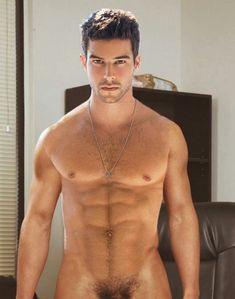 Résultat d'images pour bernardo velasco naked Male Face, Male Body, Le Male, Thing 1, Hommes Sexy, Shirtless Men, Hairy Men, Attractive Men, Muscle Men