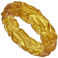 """Preowned Rare Carved """"apple Juice"""" Bakelite Bangle ($800) ❤ liked on Polyvore featuring jewelry, bracelets, brown, carved jewelry, bangle bracelet, pre owned jewelry, bracelets bangle and hinged bracelet"""