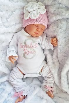 Baby girl coming home outfit. Knit Flower Hat and Leg Warmer Ensemble - Lollipop Kids Designs - March 02 2019 at Storing Baby Clothes, Baby Boutique Clothing, Children's Boutique, Baby Clothes Online, Girls Coming Home Outfit, Knitted Flowers, Little Girl Fashion, Baby Girl Newborn, Baby Girls