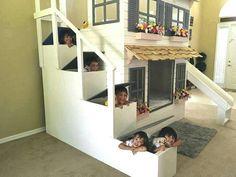 Wir hatten eine überwältigend Antwort auf unsere Art Brauch eines loft Betten und Spielhäuser eigene von Dangerfield Woodcraft gemacht man kann! Das Bett im Bild ist die ultimative umfasst alle der folgenden Optionen!  Hier sind einige Konfigurationen:  Option 1 Hochbett, Twin Größe oben und spielen Unterraum.  Option 2-Hochbett. Full-Size-Upgrade.  Option 3 Etagenbett Doppelbett (passend für 2 Twin-size Matratzen)  Option 4 Full-Size Etagenbett. (passend für 2 Full-size Matratzen)  * Option…