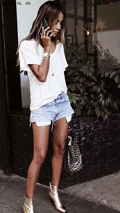Genius Summer Outfits To Inspire Yourself, Spring Outfits, Julie Williams. Short Outfits, Stylish Outfits, Spring Outfits, Spring Wear, Outfit Summer, Look Fashion, Fashion Outfits, Look Con Short, Tumblr Outfits