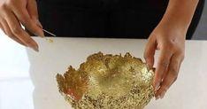 Centrotavola svuotatasche con glitter facilissimo. Un tutorial facile e super veloce con cui, in pochi minuti, usando solo colla e glitter, potremo ottenere un bellissimo centrotavola o uno svuotatasche.