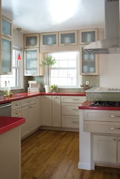 Beachy look with red counter tops?