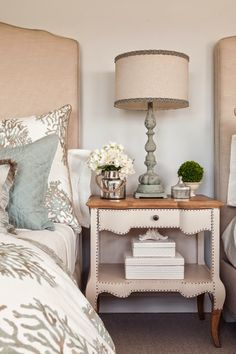 Ocean inspired colors for living room. // House of Turquoise: Casabella Home Furnishings and Interiors House Of Turquoise, Home Bedroom, Bedroom Decor, Bedroom Ideas, Master Bedroom, Bedroom Pictures, Bedroom Lamps, Decor Room, Modern Bedroom