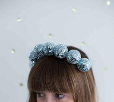 Faça uma tiara para usar quando você estiver se sentindo incrível.