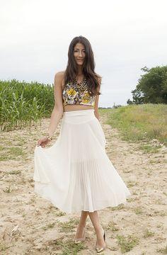 Crop top + maxi skirt= my ideal summer