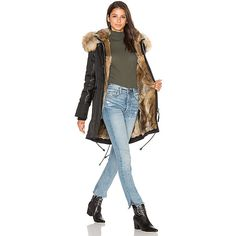 Nicole Benisti Chelsea Golden Fox and Asiatic Rabbit Fur Lined Parka ($1,520) ❤ liked on Polyvore featuring outerwear, coats, coats & jackets, fox fur trim coat, fur trimmed parka, parka coats, fox coat and lined parka coats