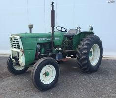 The Oliver 1450. These were Fiat model 615 tractors, rated at 55 PTO horsepower. Fiat Models, White Tractor, Tractor Photos, Antique Tractors, Farming, Garage, Barn, Projects, Tractors