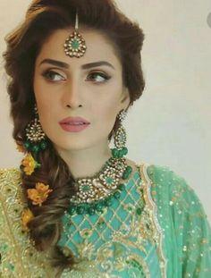 All Pakistan Drama Page ( Pakistani Hair, Pakistani Bridal Hairstyles, Asian Wedding Dress Pakistani, Mehndi Hairstyles, Pakistani Bridal Jewelry, Bridal Mehndi Dresses, Pakistani Formal Dresses, Bridal Dress Design, Pakistani Wedding Dresses