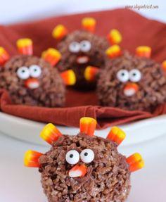 20 fun Thanksgiving turkey treats - LIFE, CREATIVELY ORGANIZED Thanksgiving Traditions, Thanksgiving Desserts, Thanksgiving Turkey, Just Desserts, Dessert Recipes, Fall Desserts, Cocoa Krispies, Dessert Halloween, Best Apple Pie