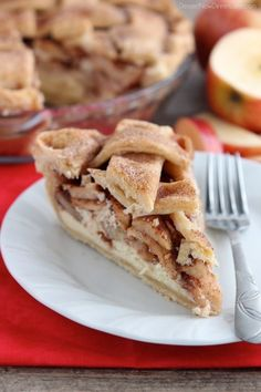 Apple Cheesecake Pie from DessertNowDinnerLater.com
