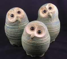 Michelle Gallagher | Owls | Ceramic Showcase | Flickr Ceramic Animals, Clay Animals, Pottery Animals, Porcelain Ceramics, Ceramic Clay, Ceramic Birds, Pottery Designs, Pottery Art, Ceramic Pottery