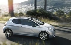 Let your body drive - Peugeot 208 Peugeot 208, Small Motorcycles, City Car, France, Rally Car, Car Manufacturers, Amazing Cars, Attraction, Cruise