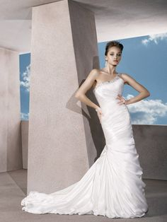 Beautiful One-shoulder Satin Trumpet Beaded Wedding Dress with Lace-up Back