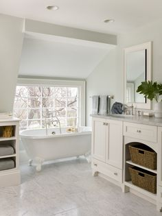 Molly Frey Design Bathroom Andrews Lane 14 (2).jpg