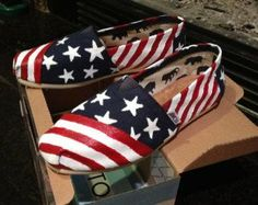 You will fall in love with our cheap toms shoes-they are very stylish and colourful! Massive selections for you and you will never regret to buy the toms shoes in our online shop! Cheap Toms Shoes, Toms Shoes Outlet, American Flag Painting, Painted Toms, Hand Painted, Prom Accessories, Glitter Shoes, Vintage Couture, Vintage Shoes