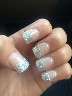 Jell nails with glitter tips !