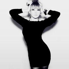 CL is queen.