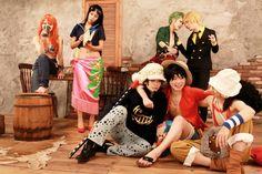 Cosplay Nami, Nico Robin, Roronoa Zorro, Sanji, Trafalgar Law, Monkey D. Luffy, Ussop