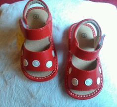 Toddler Baby Girl Sz 4 Mary Jane Squeaker Sandals Red w/White Polka dots