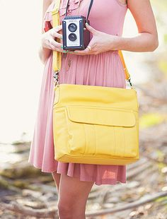 New compact women's camera bag by Jo Totes: Allison in mustard