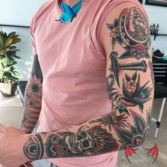 bestetattoos 125 Best Sleeve Tattoos für Männer   - Tattoos #tattoos #meaningful tattoos #tattoos for women<br> Pretty Tattoos, Sexy Tattoos, Life Tattoos, Tattoos For Women, Tattoos For Guys, Tattoo Designs And Meanings, Tattoo Designs Men, Arm Sleeve Tattoos, Forearm Tattoos