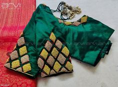 Arvi the couturier. Cutwork Blouse Designs, Pattu Saree Blouse Designs, Simple Blouse Designs, Stylish Blouse Design, Bridal Blouse Designs, Blouse Patterns, Sari Blouse, Hand Work Blouse Design, Aari Work Blouse